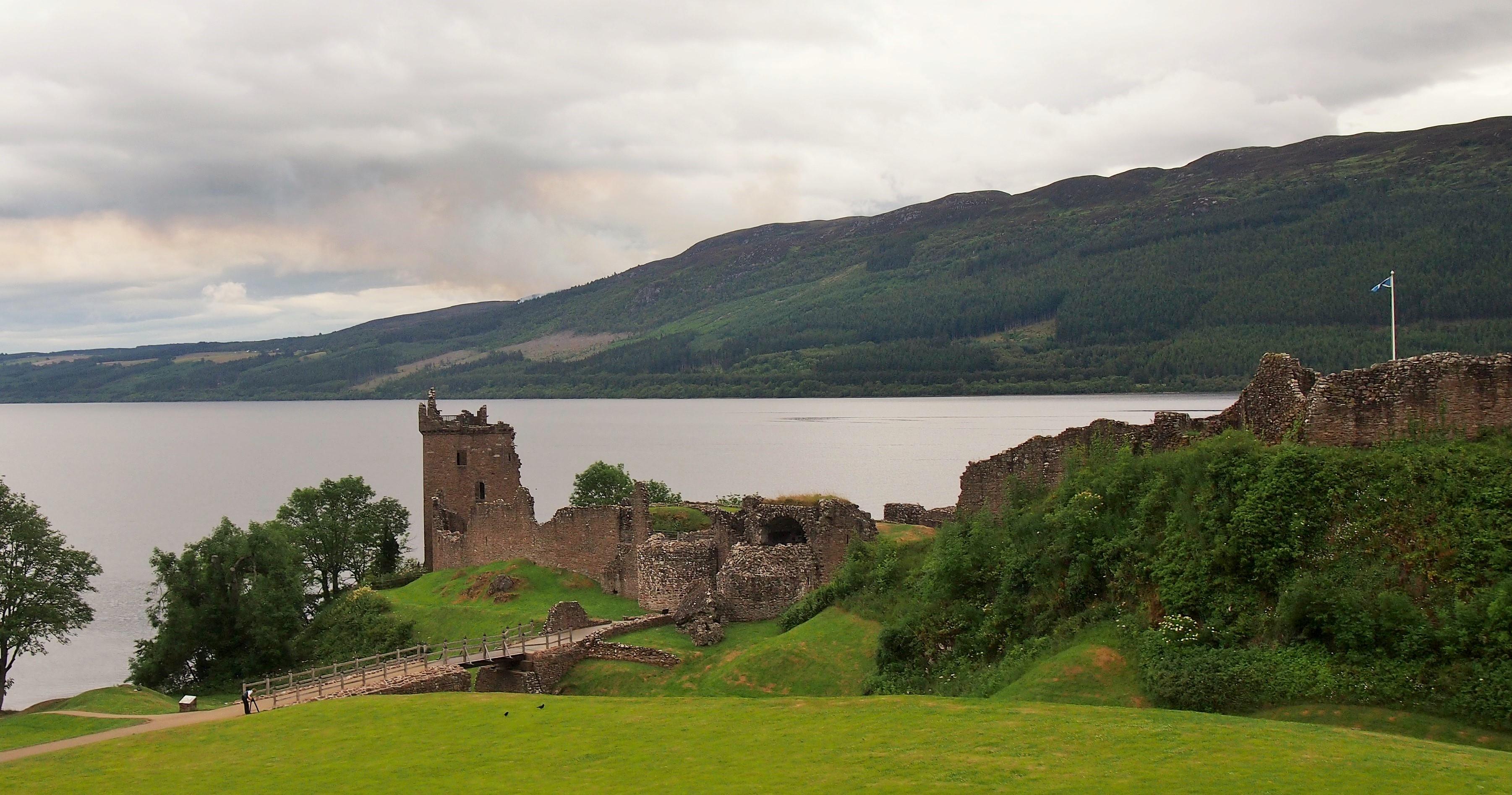 Uruquhart Castle am Loch Ness 1